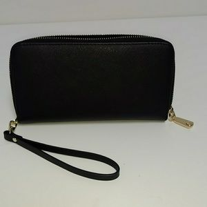 7 inch RFID protection black wristlet wallet